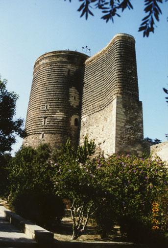 http://www.galenfrysinger.com/Photos/azeri25.jpg