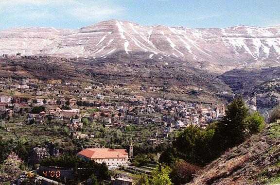 جبال لبنان الجميلة lebanon107.jpg